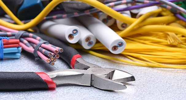 Handyman Electrician Maintenance Services